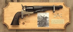 General George A. Custer Deluxe Framed Set Light Wood
